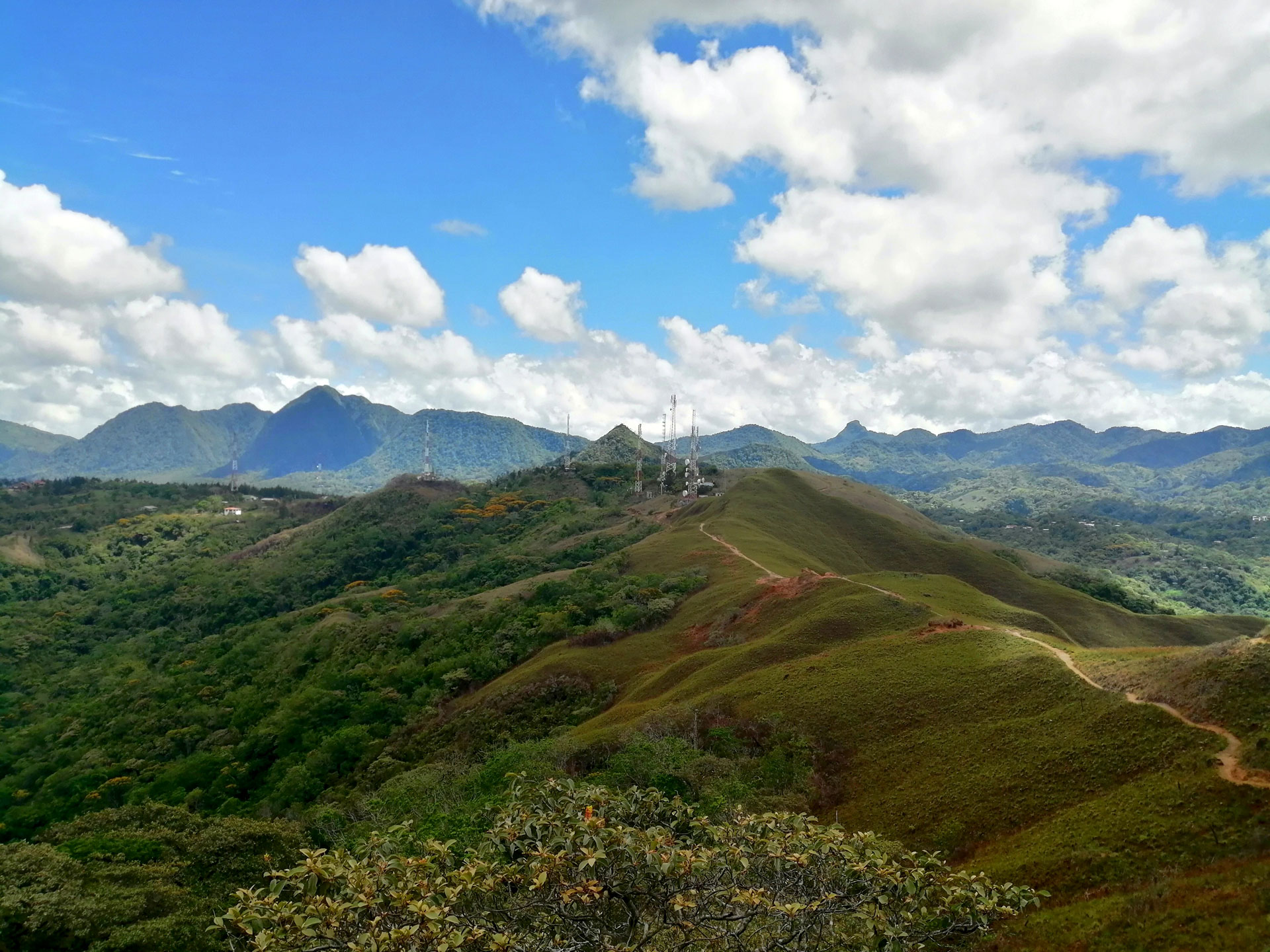 Escalando en Cerro La Silla